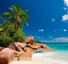 Charter a Luxury Yacht, Private Cruising Holidays, Seychelles