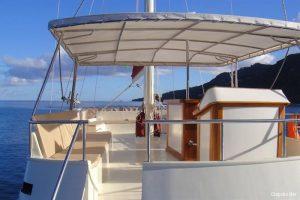 motor-sailing-yacht-30-9