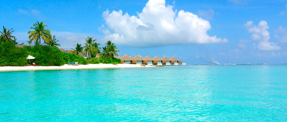 Charter a Luxury Yacht, Private Cruising Holidays, Maldives