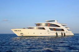 1Maldives 43 metre Luxury Motor Yacht