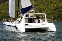 1Maldives Catamaran 440 Stern
