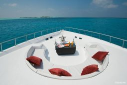 2Maldives 28 m Luxury Motor Yacht Fore Deck