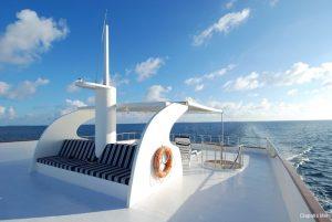 2Maldives 35 metre Motor Yacht Sundeck View