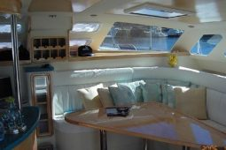 2Maldives Catamaran 440 Saloon