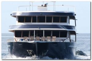 3Maldives 110 ft Luxurious Motor Yacht Cruising