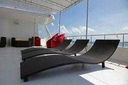 3Maldives 28 m Luxury Motor Yacht Sunbeds