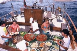 3Maldives 30 m Sailing Schooner BBQ Lunch Alfdeck