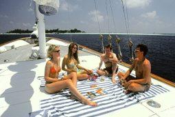 4Maldives 30 m Sailing Schooner Sundeck