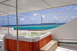 4Maldives 37 metre Deluxe Motor Yacht Jaccuzzi