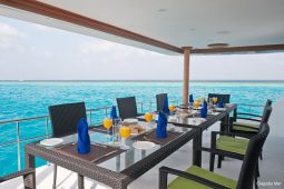 5Maldives 28 m Luxury Motor Yacht Alf Deck Lunch Area