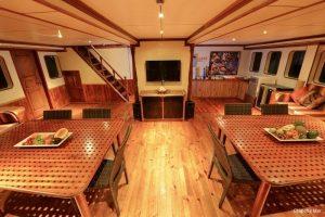 5Maldives 35 metre Motor Yacht Main Lounge Area