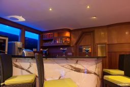 6Maldives 28 m Luxury Motor Yacht Bar Area