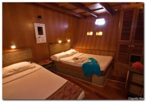 Maldives 110 ft Luxurious Motor Yacht Triple Cabin (1)