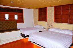 Maldives 123 ft Luxury Motor Yacht Standard Triple Cabin
