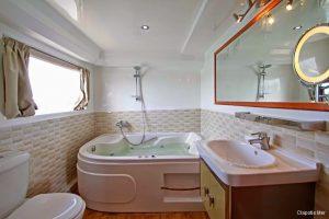 Maldives 37 metre Deluxe Motor Yacht Ensuite Bathroom
