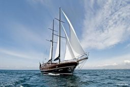 Luxury 26 m ketch gulet style yacht Italy