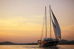 Luxury 28 m cruising schooner Croatia