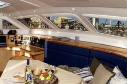 3Maldives-Catamaran-480-Saloon-View