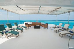 4Maldives-28-m-Luxury-Motor-Yacht-Upper-Deck