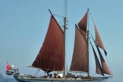 South-East-Asia-97-ft-Classic-Sailing-Schooner-under-sail