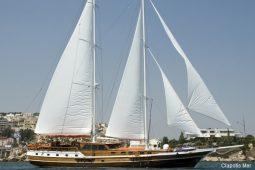 27 metre Motor sailing ketch yacht