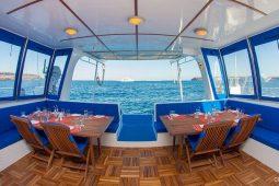 Galapagos Alumarine 22 metre sailing catamaran aftdeck dining area