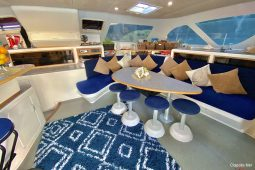 Caribbean BVI Voyage 58 ft Catamaran saloon and bar area