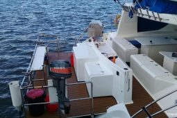Mozambique Kelsall 57 ft Power Catamaran cockpit plateform